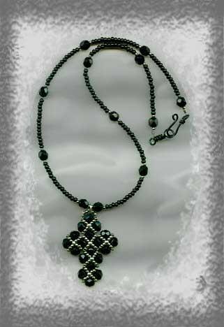 кресты из бисера,