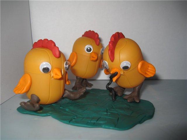Игрушки своими руками из яйца киндер